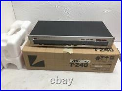 LUXMAN FREQUENCY SYNTHESIZED AM / FM STEREO TUNER T-240 Tested Works